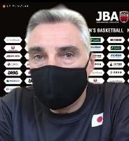オンラインで取材に応じるバスケットボール男子日本代表のラマス監督=19日