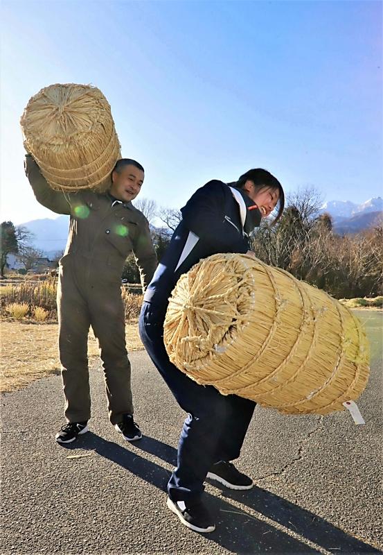飯島の米俵、担いで埼玉へ 「飯島さん」の元へ歩く計画 | 信毎web - 信濃毎日新聞