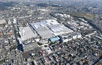 スバル群馬製作所の本工場=2017年、群馬県太田市