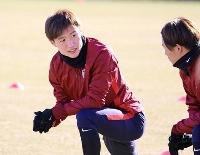 始動日に練習するJ1鹿島の三竿=茨城県鹿嶋市((C)KASHIMA ANTLERS)