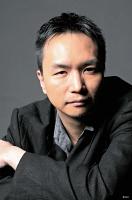 【ながつか・けいし】 演出家、劇作家、俳優。1996年、早稲田大在学中に「阿佐ヶ谷スパイダース」を旗揚げし、作、演出を手掛ける。読売演劇大賞優秀作品賞など受賞。2019年4月からKAAT神奈川芸術劇場芸術参与、今年4月に同芸術監督に就任予定。
