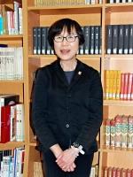 勤務する岩手県北上市内の高校で、震災に向き合い続けた10年を振り返る照井翠さん