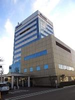 前田建設工業、前田道路と共同持ち株会社を設立する方針を決めた前田製作所の本社=24日、長野市