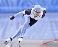 女子1000メートルで滑走する山田梨央=エムウエーブ