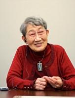 〈よねだ・さよこ〉1934年東京生まれ。中学・高校時代の2年間を長野市で過ごす。東京都立大卒業後、同大助手などを経て山梨県立女子短大教授。専門は日本近現代女性史。共著に「平塚らいてう評論集」など多数。