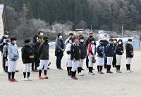 発足式で自己紹介する長野フェアリーズの選手たち