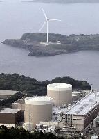 風力発電の風車と原発==2011年6月、佐賀県玄海町