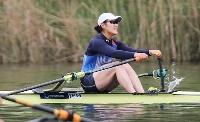 女子シングルスカル予選で1組1着となり、決勝に進出した米川志保=ルツェルン(共同)
