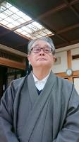 原告団長を務めた真宗大谷派僧侶の安西賢二。2018年に住職を息子に譲った=ことし3月、愛媛県松山市