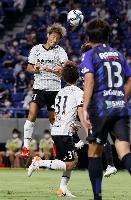 G大阪―神戸 前半、ゴールを決める神戸・田中=パナスタ