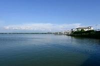 高濃度のネオニコチノイド系農薬が検出された秋田県の八郎湖=2日