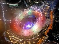 パラリンピックの閉会式で花火が打ち上げられた国立競技場=5日
