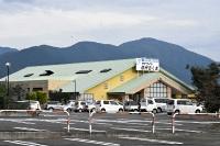 千曲市八幡にオープンした場外車券売り場「サテライト信州ちくま」