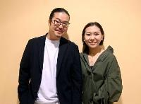 「第18回ショパン国際ピアノ・コンクール」の本選進出を決めた小林愛実さん(右)と反田恭平さん=17日、ワルシャワ(共同)