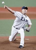 引退試合の日本ハム戦に先発した西武の松坂大輔投手。23年間の現役生活に別れを告げた=19日、埼玉県所沢市のメットライフドーム