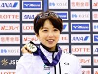 女子500メートルで7連覇した小平奈緒選手=22日、長野市のエムウェーブ